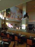 朝食は海の見える明るいテラスレストランで。