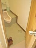 脱衣所内のトイレ