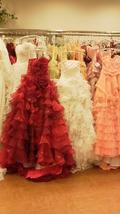 関西エアポートワシントンホテル内のブライダルサロンのドレス