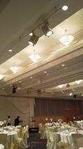関西エアポートワシントンホテル内の結婚式の披露宴会場のシャンデリア