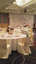 関西エアポートワシントンホテル内の結婚式の披露宴会場の椅子