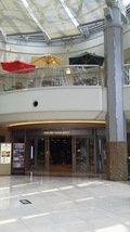 二階のホテル入り口前
