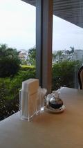 朝食バイキングのテーブル