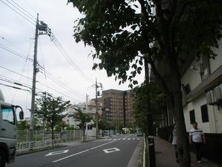 潮見駅からホテル