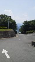 かんぽの宿富田林の入り口の道路