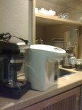 ポットとコーヒーメーカー