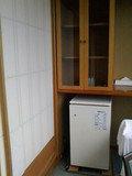 お部屋冷蔵庫と食器棚