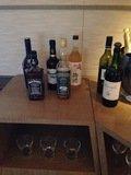 33Fのスイス エグゼクティブ クラブ ラウンジお酒
