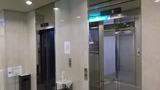 本館のエレベータです