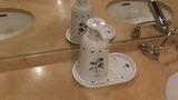 手洗いの石鹸容器