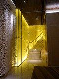 エントランスフロアの階段