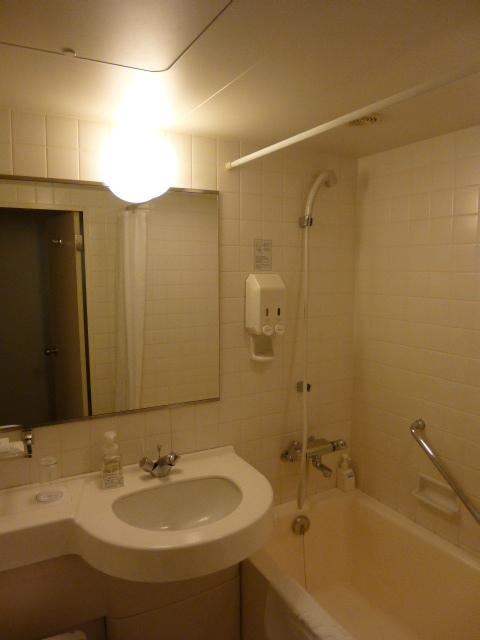 オーソドックスなバスルーム