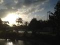 夕刻のプール