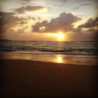 トロピカルビーチから見た夕日