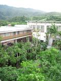 屋上からホテル前景