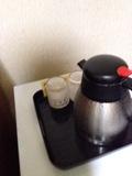 部屋内の冷たい水のサービス