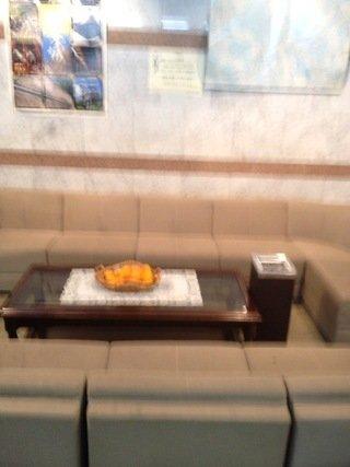 フロントのソファー