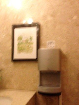 二階トイレの絵画等