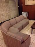 ロビーのソファー