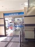 ホテル1階のローソン