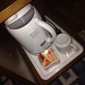 ポットと紅茶サービス