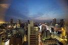 部屋から見た大阪の夜景