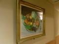 廊下に飾られている絵画