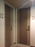 角部屋のドア