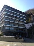 旅館の全景