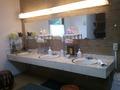 風呂場の更衣室の洗面台