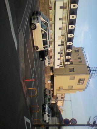 駐車場が広くて大型車両も駐車できます。