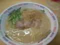 博多ラーメン・はかたやで朝食を食べました。