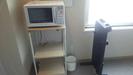 客室廊下の電子レンジとズボンプレッサー