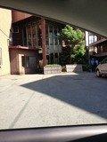 ホテル駐車場写真です。