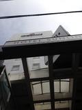 ホテル外観写真。天井写真になります。