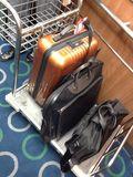 荷物をホテルマンが運んでくれました!