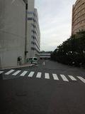 ホテル駐車場は、右奥ですよ〜