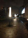 ホテルドア前の通りです。