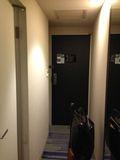 廊下 ドア 写真 です。