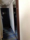 部屋 廊下 写真です。