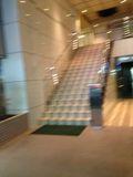 ホテル入り口 階段です。