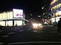ホテル前通り大通り写真です。