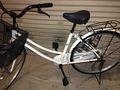 貸し出してくれる自転車です。