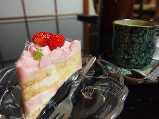 女性プランの「食後のケーキとコーヒー」