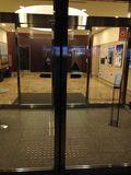 ホテル入り口 です。