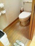 「牧水の湯」内湯のトイレ