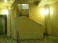 「夢殿」岩風呂から内湯への階段