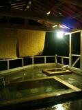 夜の「夢殿」露天風呂