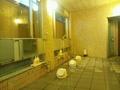 「夢殿」岩風呂の洗い場