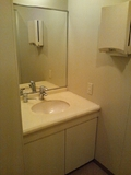 脱衣場のトイレの洗面台